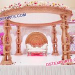 Exquisite Wooden Wedding Mandap