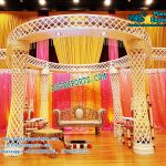 Impressive Wedding Crystal Mandap
