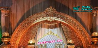 Stylish Half Moon Wedding Stage Decor