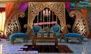 Graceful Gujrati Wedding Stage
