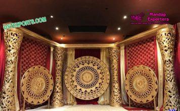 Elegant Delizio Pillars Wedding Stage