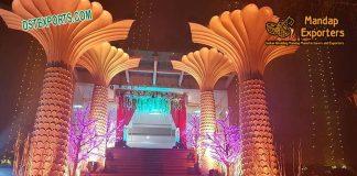 Luxurious Wedding Palm Tree Pillars Decoration