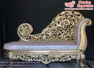 Italian Marriage Elegant Look Love-Seater