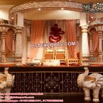 Tradition Hindu Wedding Castle Mandap