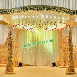 Gujarati Wedding Wooden Peacock Pillar Mandap