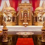 Royal Srilankan Wedding Stage With Temples