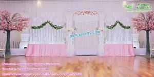 Modern Wedding Fiber Stage With Gate Frames