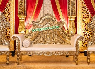 Royal Golden Metal Carved Sofa With Chairs