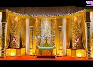 Traditional Wedding Reception Stage Decor