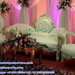 Crown Style Wedding Couch With Chairs