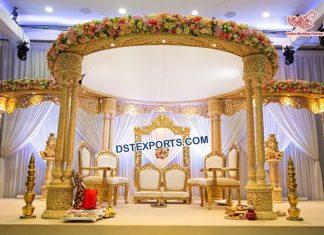 Gorgeous Triple Pillars Wedding Wooden Mandap