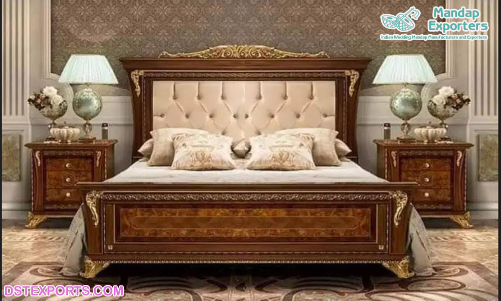 Classic Wooden Hand Carved Bedroom, Carved Wooden Furniture India