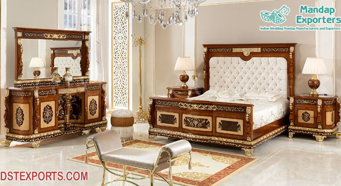 Traditional Park Cherry Master Bedroom Furniture Mandap Exporters