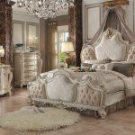 Fancy White Vintage Upholstered Bedroom Set