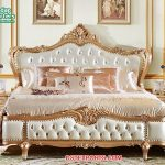 Elegant Solid Wood King Style Bed With Nightstand
