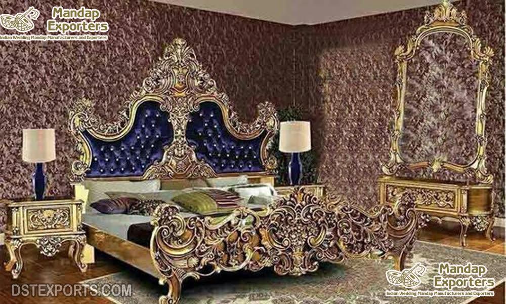 Rich Look Teak Wood Bedroom Furniture Set