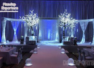 Dreamy White Palazzo Pillar Wedding Stage