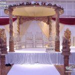 Royal Twisted Pillars Wooden Wedding Mandap