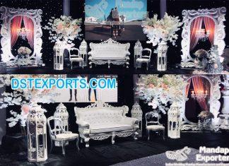 White Moroccan Theme Wedding Stage Decor