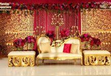 Luxury White Gold Wedding Sofa With Stools