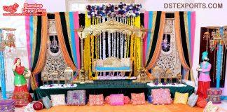 Traditional Punjabi Haveli Style Mehndi Stage