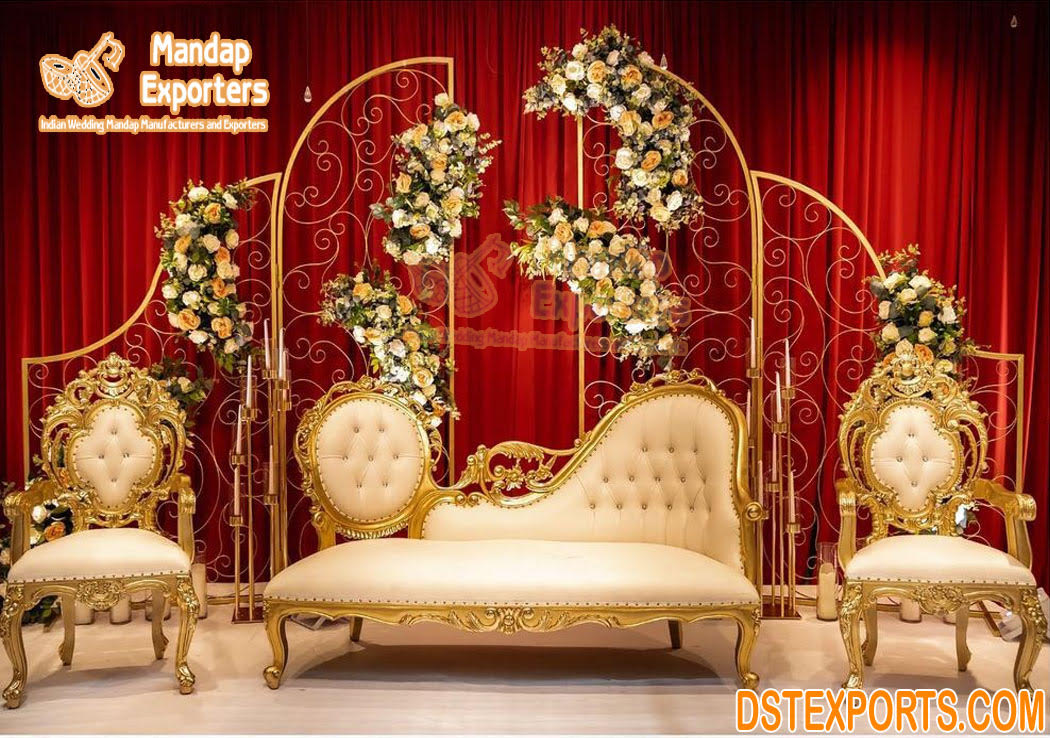 Golden Finish Wedding Stage Loveseat For Bride Groom